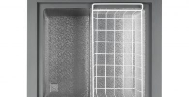 Interior del arcón congelador Klarstein Iceblokk de 100 litros barato económico mejor oferta oportunidad